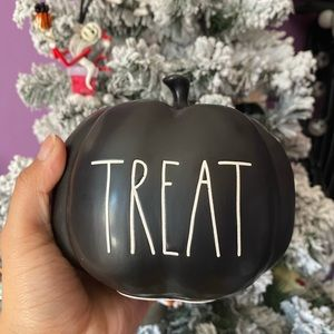 Rae Dunn black Treat pumpkin